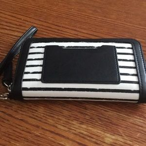 Black and White Stripe Wallet Wristlet